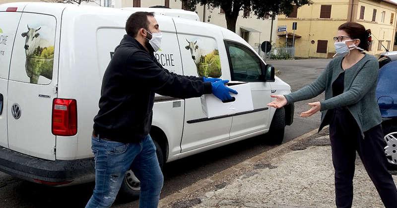 Il covid non ferma Bovinmarche: da oggi gli allevatori marchigiani consegnano ad Ancona la loro carne di qualità